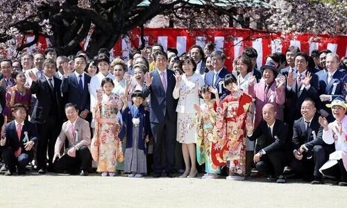 '아베 벚꽃모임' 검찰 수사에 요동치는 일본 정치권