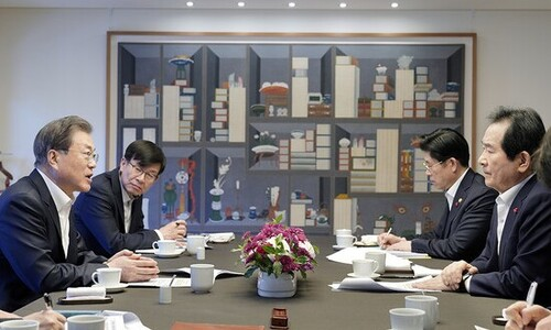 문 대통령 짐 덜어준 '동반사퇴론'…정 총리가 총대 메나