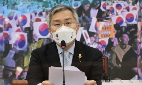 '재판중' 최강욱 법사위 사보임…'이해충돌 무풍지대'