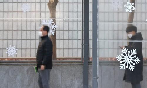 """지난주 코로나 환자 1명 당 1.4명 감염…""""소규모·일상적 전파"""""""