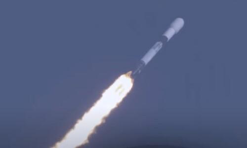 팰컨9 로켓, 8번째 날아 올랐다...스페이스엑스 연초부터 신기록