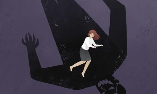 성폭력 피해 의뢰인들 강제추행한 국선변호사 구속기소