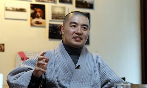 '풀소유' 논란 혜민 스님, 해남 미황사에 1달간 머물렀다