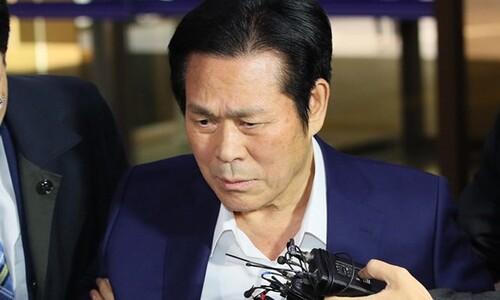 """'신도 상습 성폭행' 이재록 목사, 항소심도 """"12억8천만원 배상"""""""