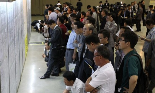 3월 취업자 31만4천명 증가…코로나 사태 이후 처음 늘었다
