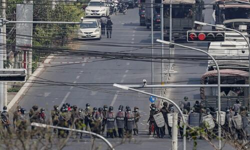 미얀마 또 시위 폭력 진압, 기자도 표적…총격 사망설도 나와