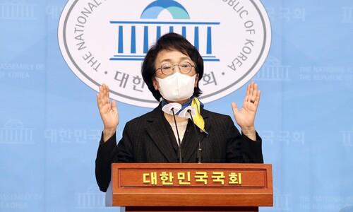 김진애, '의원직 사퇴' 배수진 치고 민주당에 단일화 협상 압박