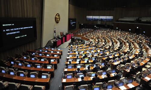 """공개 대응 자제한 민주 """"수사청 의견 수렴…급할 것 없어"""""""