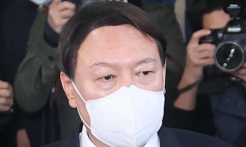 [KSOI] 윤석열, 사퇴 후 대선 주자 1위 올라…32.4%