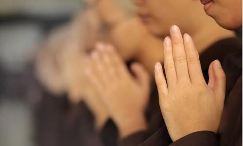 진정한 기도는 신성한 에너지와 접속하는거에요