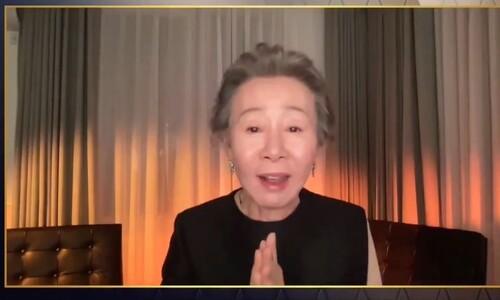 [동영상] 윤여정 수상 소감에 '고상한' 영국인들 '빵' 터진 이유