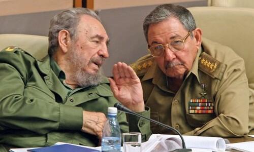쿠바 '카스트로' 시대 저무나?…당 총서기직 후계자에 넘길 듯