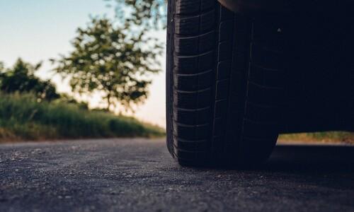 대기중 미세플라스틱 대부분은 타이어에서…전기차도 소용없네