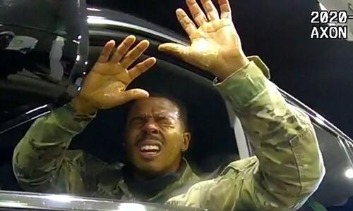 """전세계 충격에도…""""흑인 살해 경찰, 유죄"""" 68%가 뜻하는 것"""