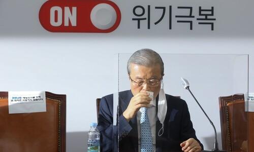 노정객은 사라지지 않았다…짙어지는 '김종인 그림자'
