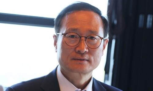 """홍영표 """"중대범죄수사청 논의는 일러""""…검찰개혁 속도조절론"""