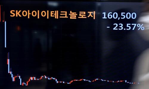 """SKIET 투자하자"" 가계대출 규모까지 흔들었다"