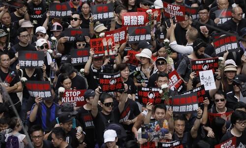 홍콩에서 '영감'을 얻지 못했다