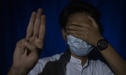 """5월 미얀마가 한국에게 """"도망다니며, 이 얘기를 전합니다"""""""