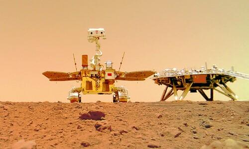중국 톈원1호가 보내온 화성 착륙 '인증샷'
