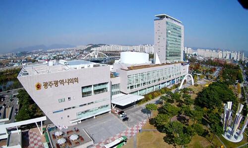 광주 배드민턴 동호회서 6명 확진…새 전파 경로되나