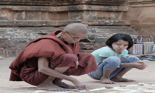 소녀와 잠자리 거부한 스님이 암자에서 쫓겨난 까닭은