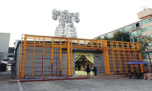 """""""지금 금천예술공장에는 작가 작업실이 활짝 열려 있습니다"""""""