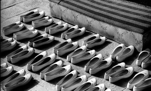 신발을 놓는것만 봐도 마음가짐을 알수 있다