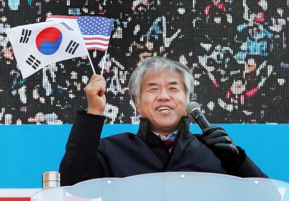 경찰, 한기총 '이단 해제' 대가 수억원 받은 혐의 전광훈 수사