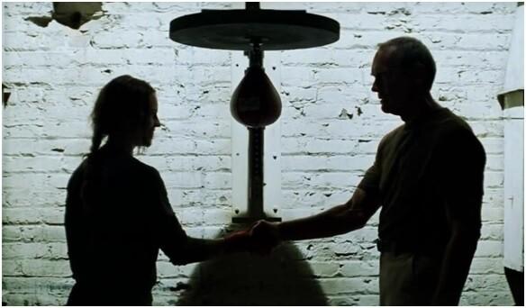 """영화 """"밀리언 달러 베이비""""의 한 장면. 출처: 아이엠디비"""