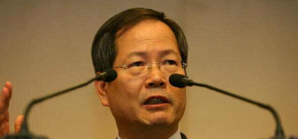 2007년 2월13일 중국 베이징에서 열린 북핵 6자 회담이 타결된 뒤 한국 수석대표인 천영우 한반도평화교섭본부장이 6개국 합의사항을 설명하고 있다. 베이징/연합뉴스