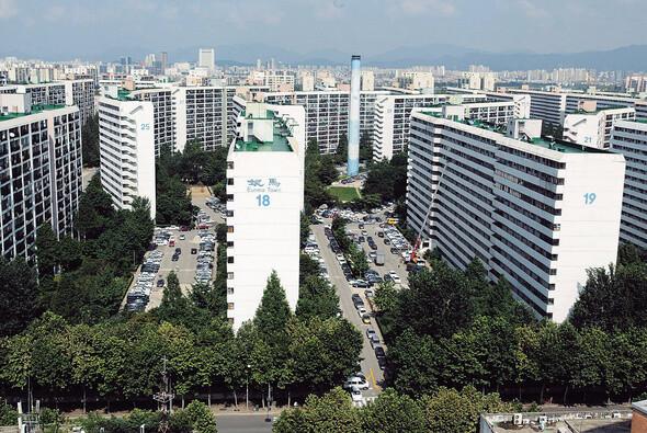 '50층 공공재건축' 반대 서울시, 4시간만에 꼬리 내린 사연은?