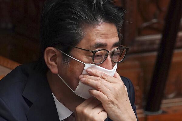 '무기력한 아베'…일본내 비판여론 최고조
