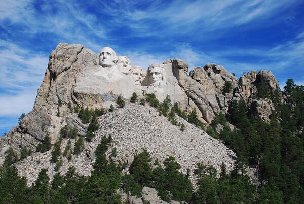 트럼프, 러시모어산에 '얼굴조각상' 넣고 싶었나