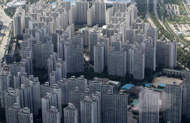 주택 경기 가파른 추락…이달 전망 역대 최저