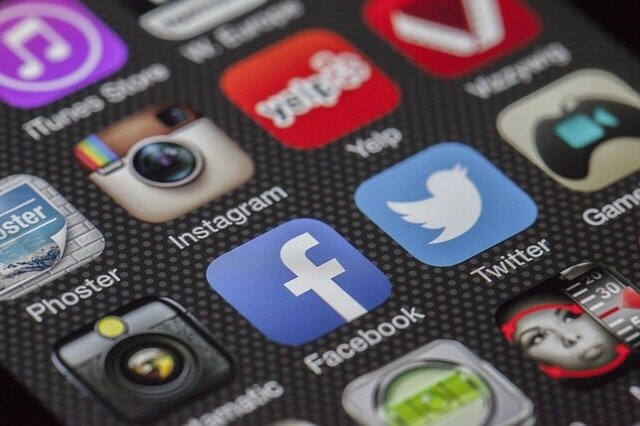 2010년대는 소셜미디어의 시대로 부를 만하다. 픽사베이