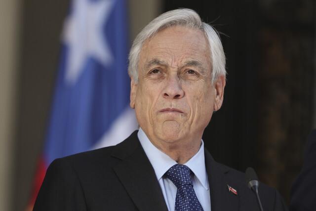 2019년 10월24일 세바스티안 피녜라 칠레 대통령은 기초연금 수령액을 20% 올리고 최저임금을 17% 올리겠다는 등의 복지 개선안을 포함한 대국민 담화문을 발표했다. AP 연합뉴스