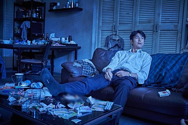 '코로나19' 직격탄 맞은 극장가…주말 관객 절반 이하 '뚝'