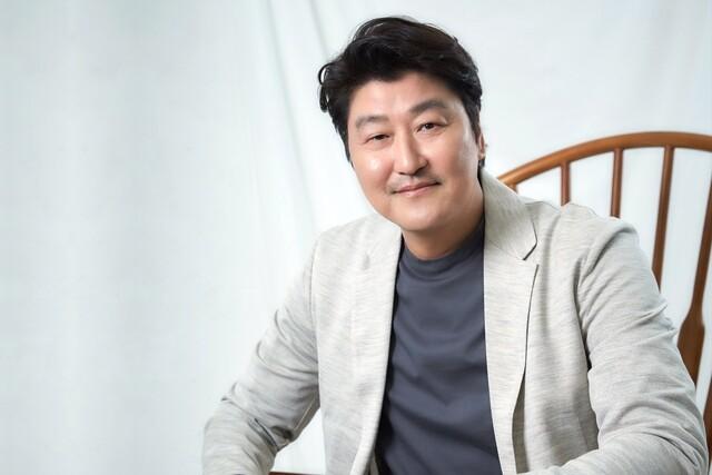 영화 <기생충>에 출연한 배우 송강호. 씨제이이앤엠(CJENM) 제공