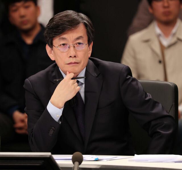 손석희, 프리랜서 기자 김웅 폭행 혐의에 벌금 300만원 약식명령