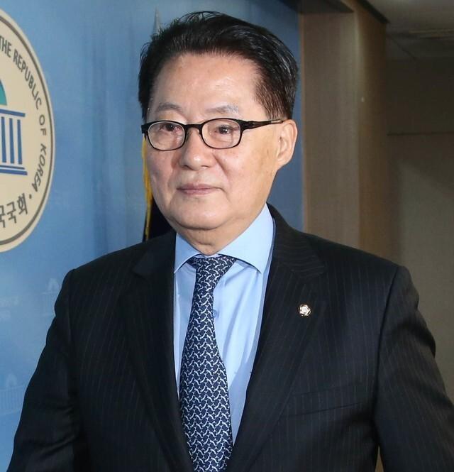 """박지원 """"통합당 영입 김종인, 좀 맛이 가신 분"""" 직격탄"""