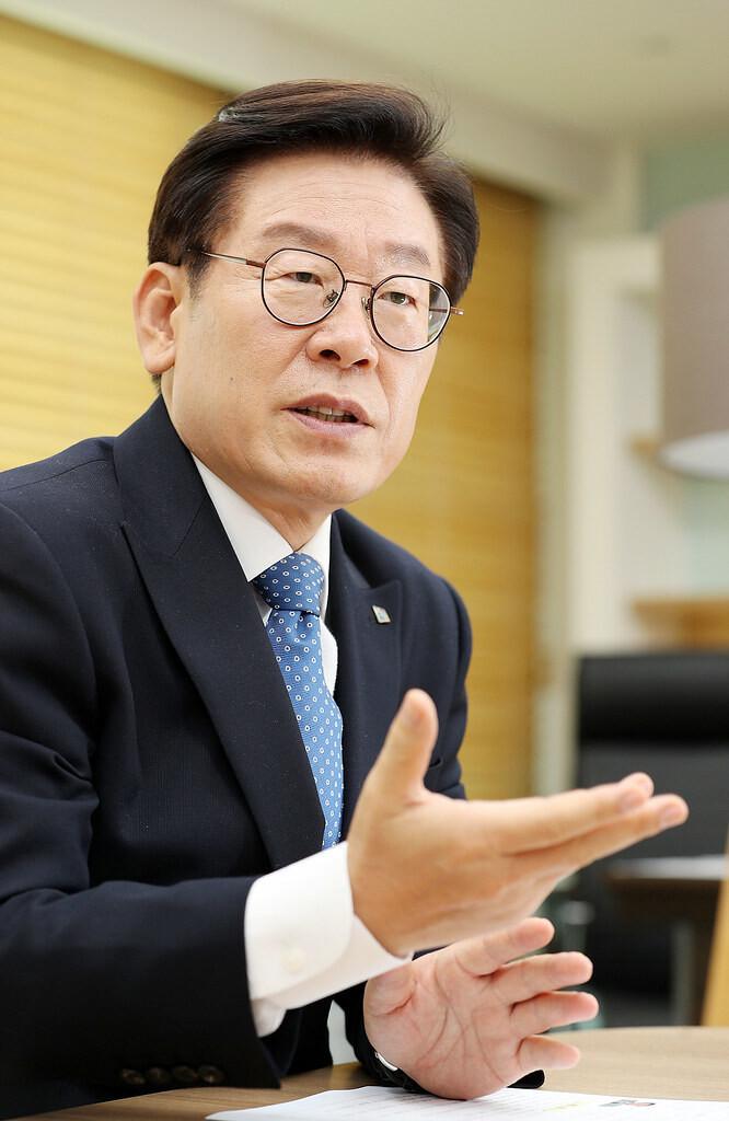 이재명 지사, '친형 강제입원사건' 대법원 공개 변론 신청…왜?