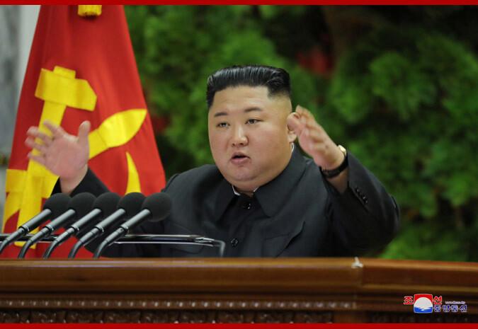 김정은 북한 국무위원장이 2019년 12월28일 소집된 노동당 중앙위원회 제7기 제5차 전원회의에서 발언하고 있다. 조선중앙통신