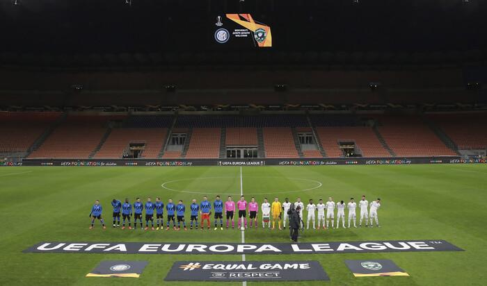 유럽축구에서도 '코로나 공포' 현실화