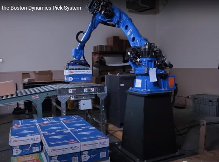 보스턴 다이내믹스의 하역 작업 로봇 '픽'.