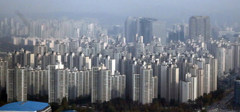 들썩이는 서울 아파트 전셋값…'임대차 3법' 시행 서둘러야