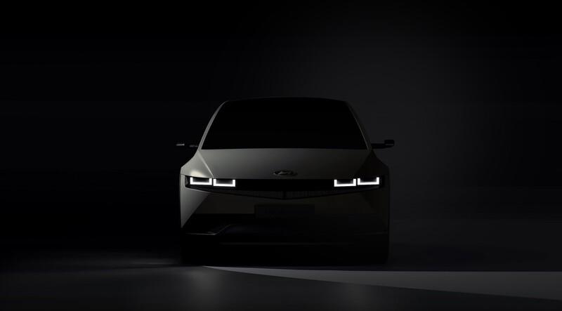 현대자동차가 13일 공개한 아이오닉5 티저. 현대차 제공