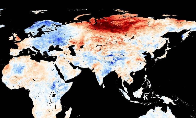 올해 5월 평균기온이 20세기 평균보다 높은 지역(빨간색)과 낮은 지역(파란색). 북극 인근의 시베리아가 특히 극심한 고온현상을 보이고 있다. 미국 국립항공우주국 제공