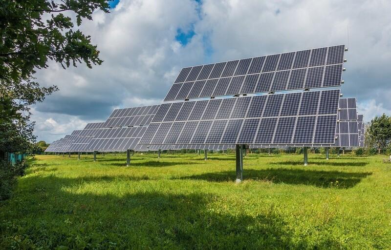 음양전지는 기존 태양전지보다 효율이 두배 좋다. 픽사베이