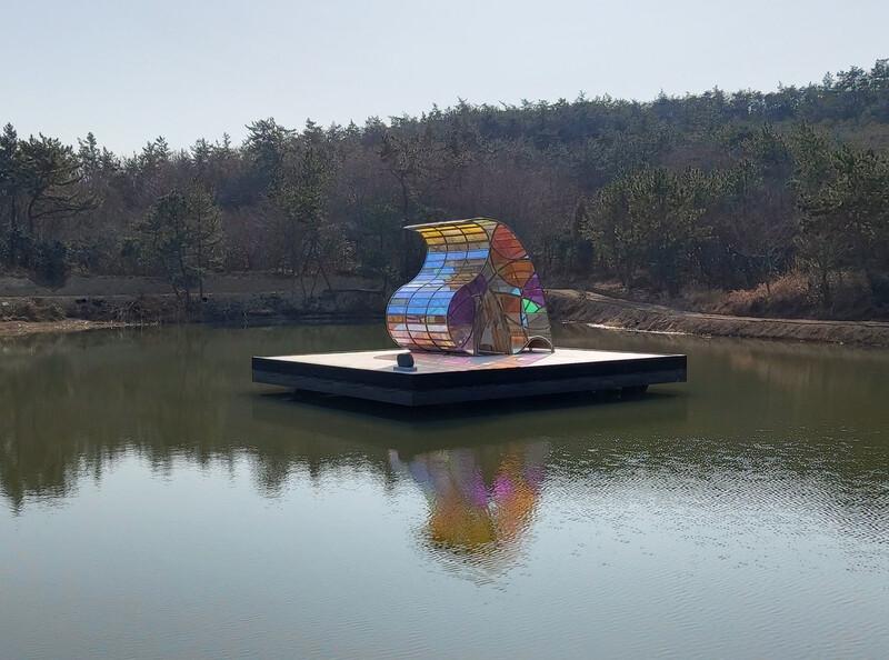 소기점도 작은 호수 위에 지은 '바르톨로메오의 집'. 김선식 기자
